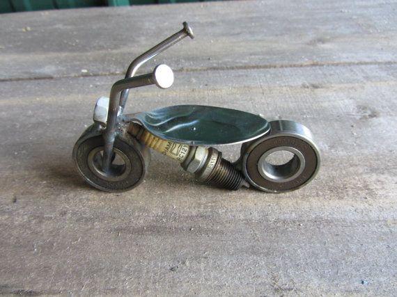 Motocicleta metal por AdamsCraftyCreations en Etsy