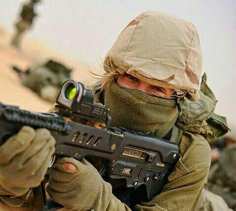 98 best soldats images on pinterest soldiers military guns and sailors marines soldiers malvernweather Images