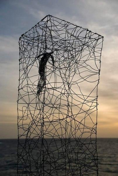 Пограничное расстройство личности - непрерывные попытки стать другим собой