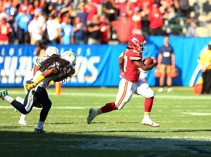The Chiefs have scored a 50 yard TD in NFL-record 9 consecutive games.  https://twitter.com/RLiuNFL/status/912356600492576769 Submitted September 26 2017 at 01:17PM by bornagainciv via reddit http://ift.tt/2wSzIJf