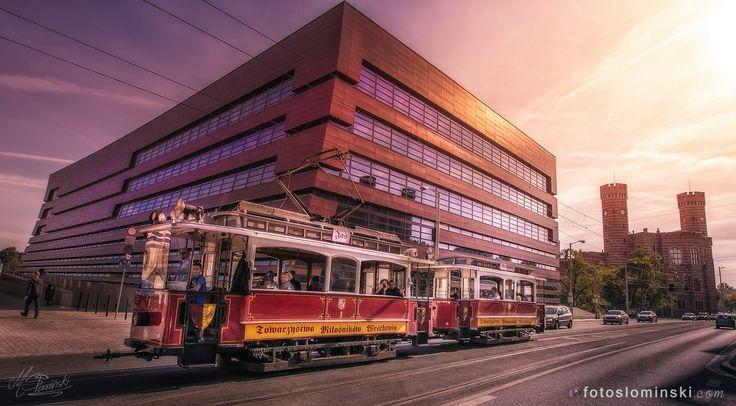 Nasze #miasto Nasz #Wrocław :) i oczywiście #ZdjęciaSłomińskiego :) Dziś #NFM #JaśiMałgosia #tramwaj we #Wroclawiu :)          To tak przy okazji wczorajszej sesji z Ilona i Mateusz A ich zdjęcia już niebawem :)www.fotoslominski.pl #landscape #landscapephotography #wroclovwer #wroclove #wroclaw