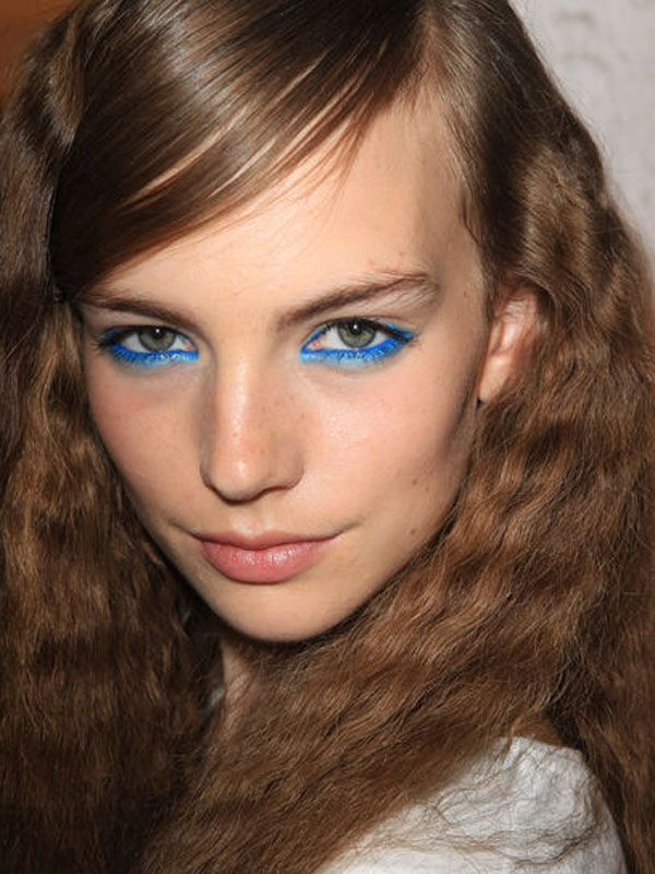 Done right, these aquatic eyes can sink a thousand ships... if brights aren't your thing, try navy !