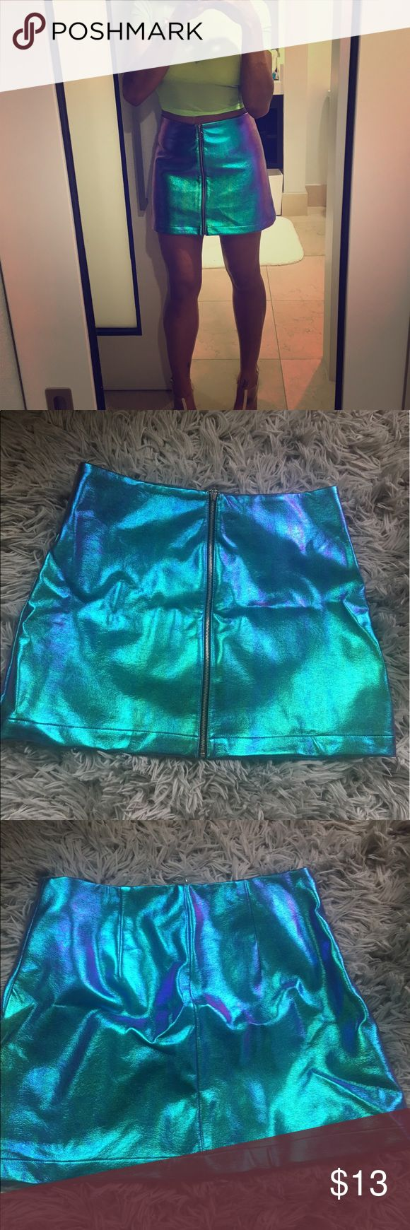 Forever 21 Metallic Zip up skirt Purple/blue Metallic zip up skirt Forever 21 Skirts Mini