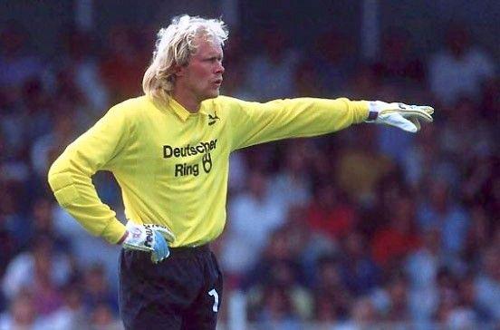 Volker Ippig, ¿el futbolista más radical de la historia? - Libertad Digital http://www.libertaddigital.com/deportes/futbol/2017-09-07/volker-ippig-el-futbolista-mas-radical-de-la-historia-1276605422/