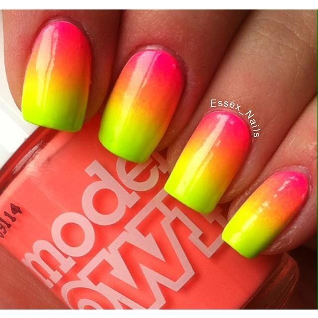 16 Super Cool Ombre Gradient Nail Art Tutorials: 309 Best Ombre/Gradient Nails Images On Pinterest