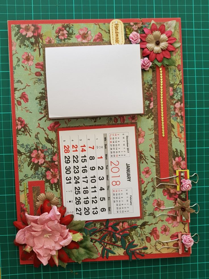 Mini calendar and notepad magnetic board