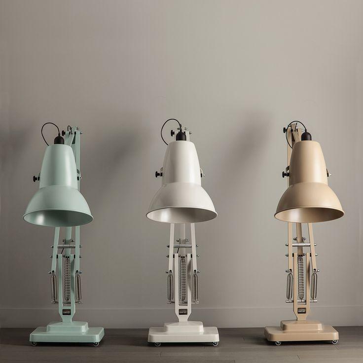 Giant 1227™ Floor Lamp
