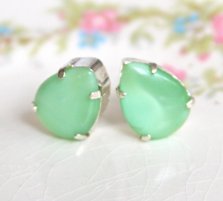 Vintage Mint Green Moonstone Pear Shape Post Earrings