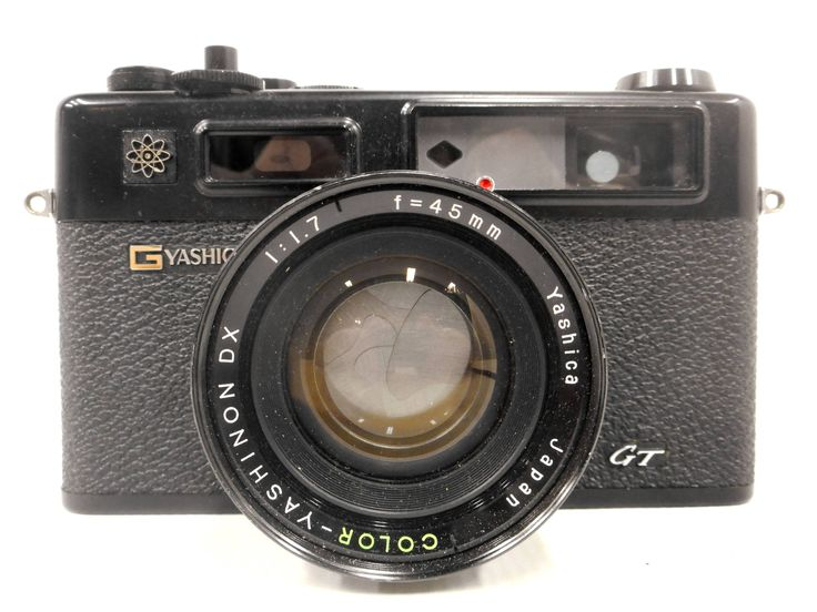 Vintage Yashica 35mm Camera Model GT Electro 35, Color Yashinon DX Copal 1.7, f-45mm Lens