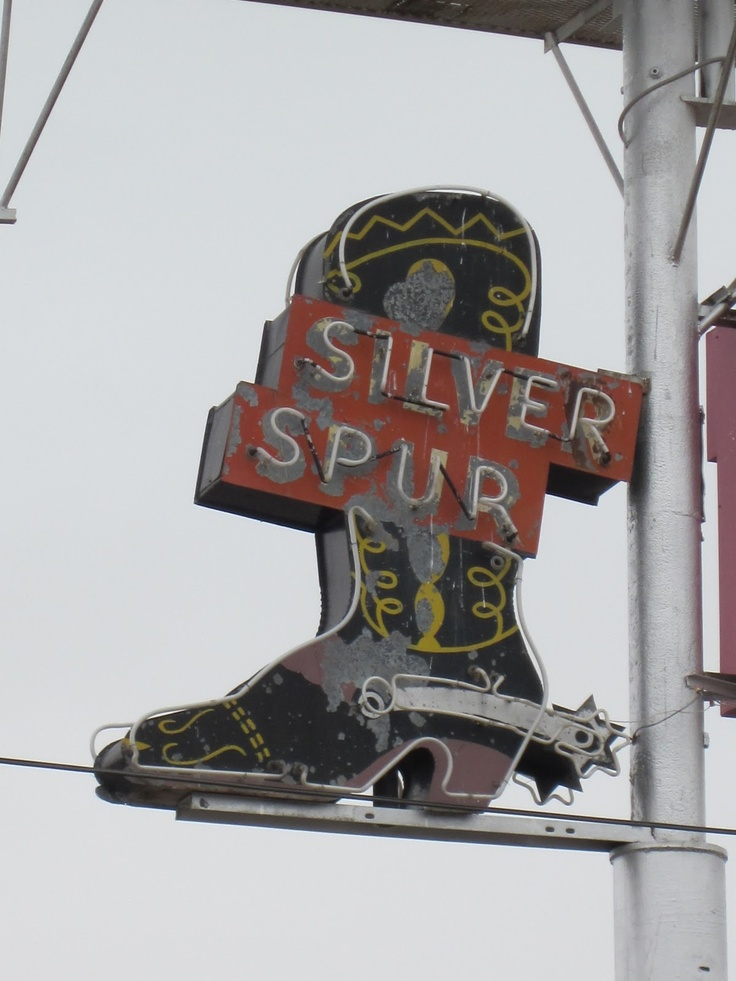 Silver Spur Motel - Amarillo, TX by Jeb ;   http://www.junkytrinkets.com/2011/03/old-motel-signs-along-old-rt-66-from.html