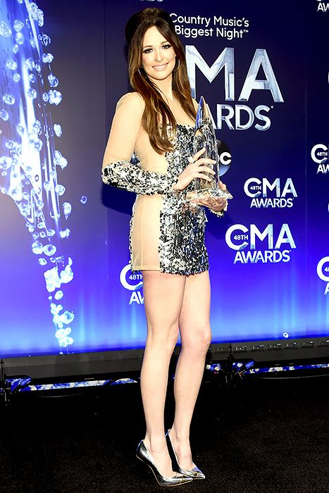 Oops! Kacey Musgraves Performed Without Underwear at the ...