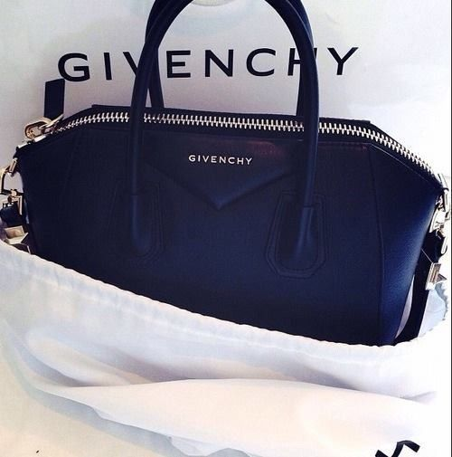 Midnight blue #Givenchy duffel. We sure love it!