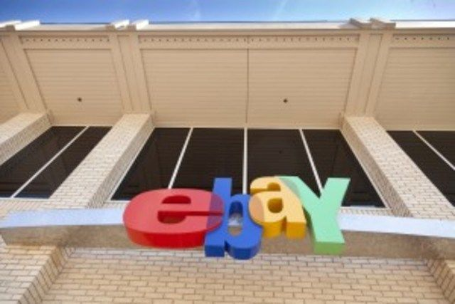 Buz Investors EBAY Stock Still has a Bull (NASDAQ:EBAY) stock has been on quite the wild ride this year. At its worst, it was down 21.7% and, at its best, EBAY stock was up 20.7%. On December 1, EBAY stock was virtually at the break-even mark.