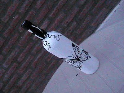 El arte del desquite: Botella pintada 3