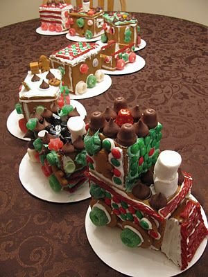 Gingerbread Houses~patterns and a tutorial | Family Heritage Recipes