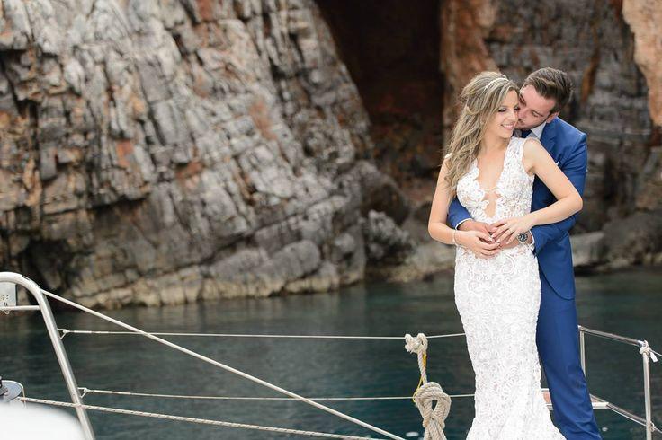 #sailaway #costantinobrides #loradress