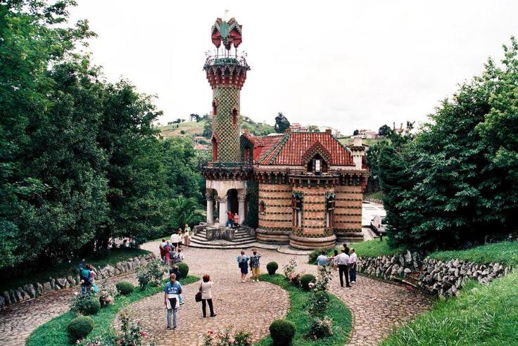 El capricho de Gaudí - Comillas - Cantabria - España- Spain