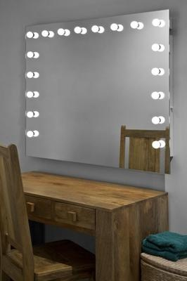 Illuminated Hollywood Make Up Theatre Dressing Room Mirror