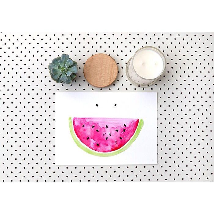 Smile it's the weekend | Go to the beach & shop online at www.daisychainstore.com.au @littlecore @frankiegusti #weekend #art #interior #handmade #australianmade #australianmadecandles #soycandles #watercolour #wallart #prints #tropical #fruit #summer #smile #onlinehomewares #daisychainstore