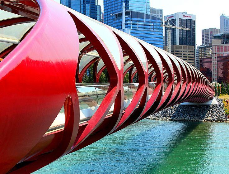 canada-calgary-peace-bridge.jpg 760×577 pixels
