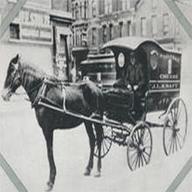 #todayinhistory Dec/11/1874 J.L. #Kraft was born on a small farm in Stevensville, Ontario, Canada. He invented the processed #cheese (Picture: J.L. Kraft's first cheese wagon, Chicago, 1903) #onthisday #processedcheese #stevensville #canada #ontario #cheese #industry #us #storia #history #histoire #geschichte #technology #food #cooking #cucina #ricette #recipes #wagon #vintage #oldies #chicago