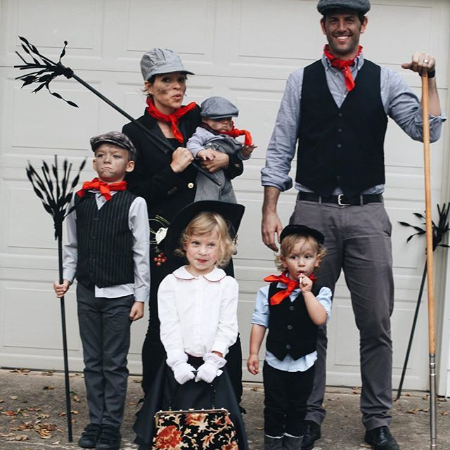 Mary Poppins and the Chimney Sweep crew. ☂ Happy All Hallows' Eve! #stepintime