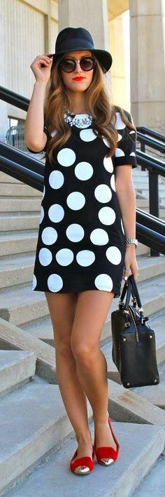 kelly bolas rojas cierre de lujo en escote bajar el escote 5 cmBlack And White Polka Dots Mini Dress Fashion