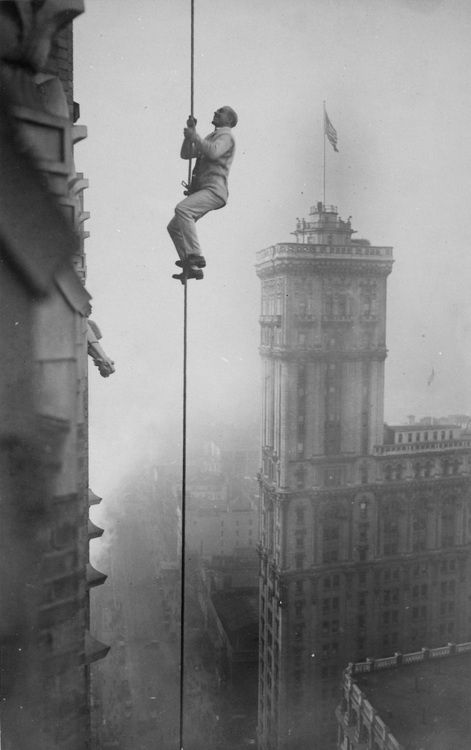 """NYC. The """"Human Squirrel"""" who did many daring """"stunts"""" in climbing for benefit of War Relief Funds in New York City. 1918."""