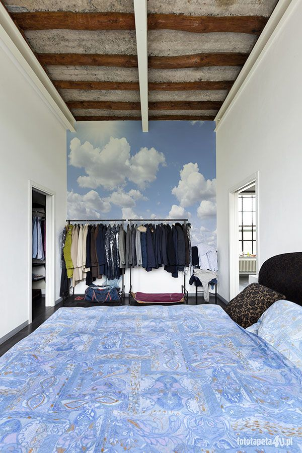 Clouds wallpaper in bedroom by Fototapeta4u.pl