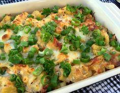 Cremet kartoffelfad med forårsløg og ost…