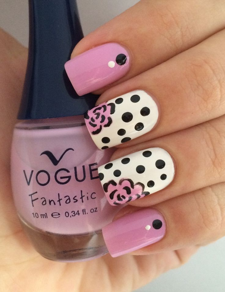 Floral nails! using fresh petals polish by vogue! Uñas de flores usando fresh…