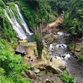 Situated in Banyuwangi, East Java, Jagir waterfall that are relatively easy to reach and is situated in the hamlet of Kampung Anyar, Taman Suruh, Glagah. Here, visitors will enjoy three waterfalls at once in one place.