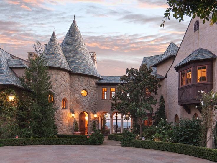 Looks like Cinderella's Cottage. Love it!