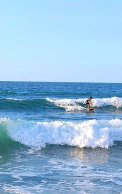 Surf in #SanJuan Beach in La Union  For more about La Union, visit www.seekertravels.com/la-union