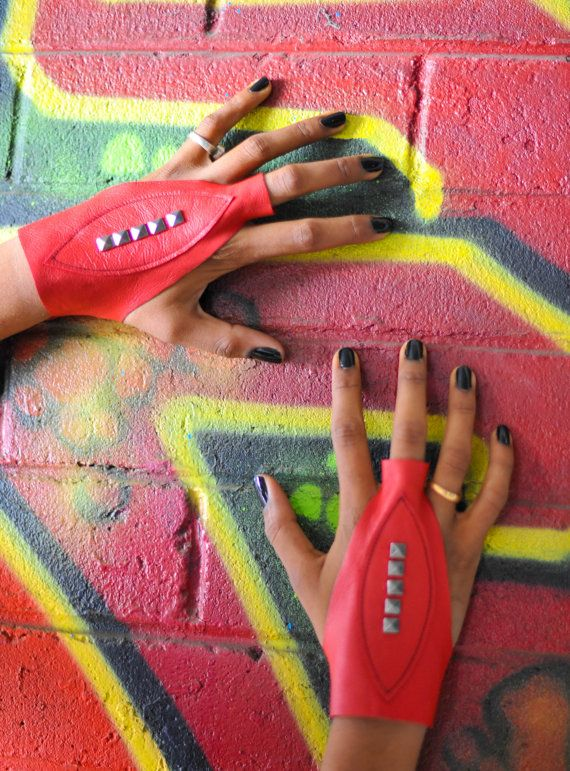 Spunkhyde Fists leather gloves in Fire engine red  by Spunkhyde