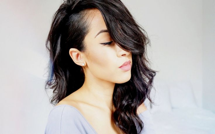 Shaved Side Hairstyles Long Hair Women39s Hairstyles With Shaved Sides Images ~ Pelo-largo.com