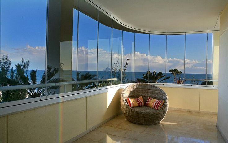 El sistema seeglass one es ideal para cerrar todo tipo de espacios desde áticos, porches, restaurantes, hasta las más variadas terrazas en edificios.