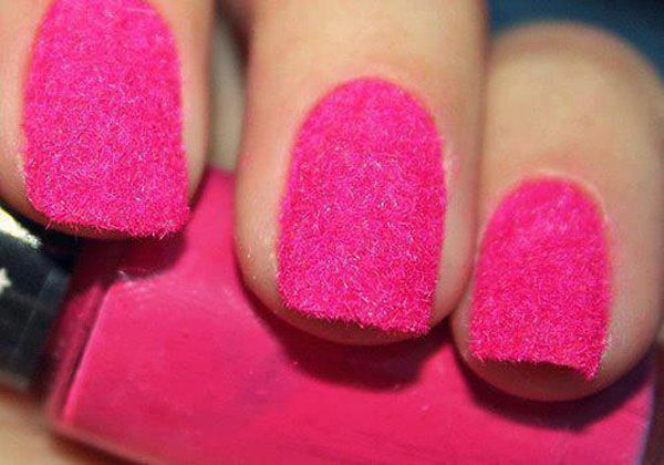 Pink Nails http://welovestyles.com/cute-nail-art/