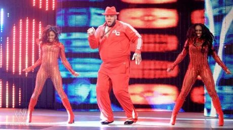 Brodus Clay and dancers