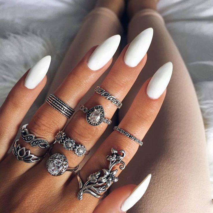 cool Модный белый маникюр (50 фото) — Лучшие идеи и тенденции 2016 Читай больше http://avrorra.com/modnyj-belyj-manikjur-foto-tendencii/