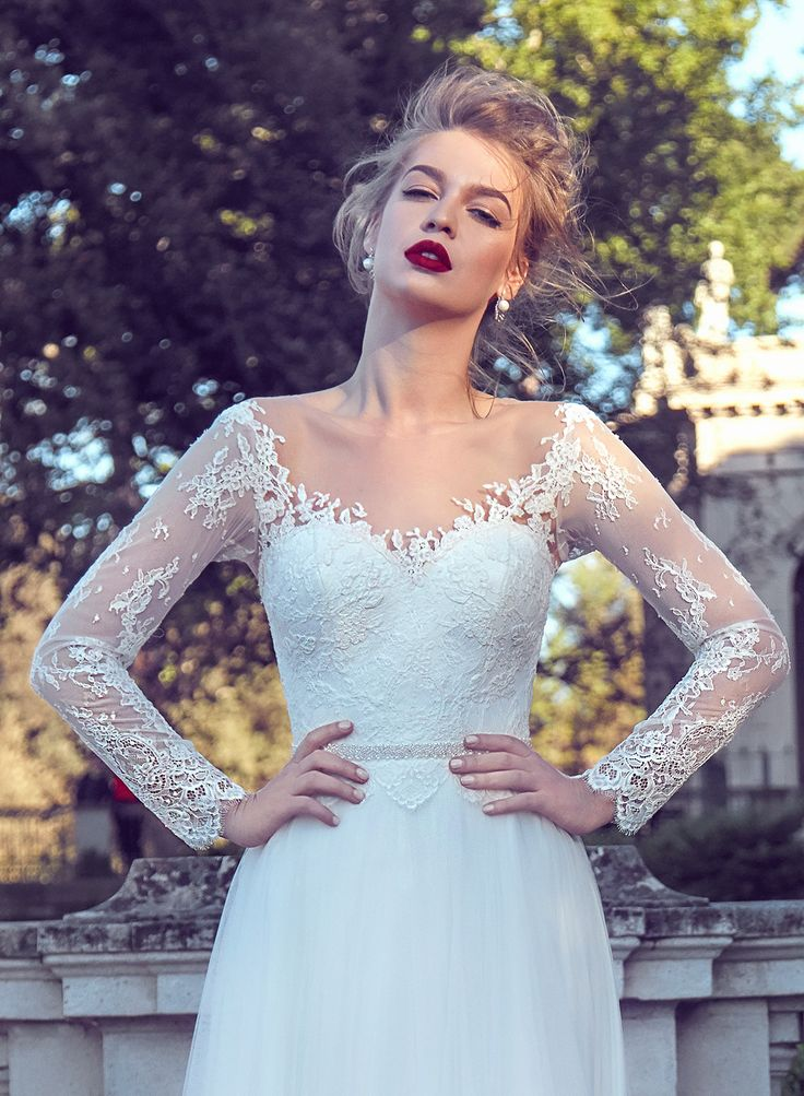 AdoraSposa 2017  Roma Collection #bridal #wedding #weddingdress #weddinggown #bridalgown #dreamgown #dreamdress #engaged #blush #romantic #inspiration #bridalinspiration #train #princess #weddinginspiration #adorasposa #weddingdresse