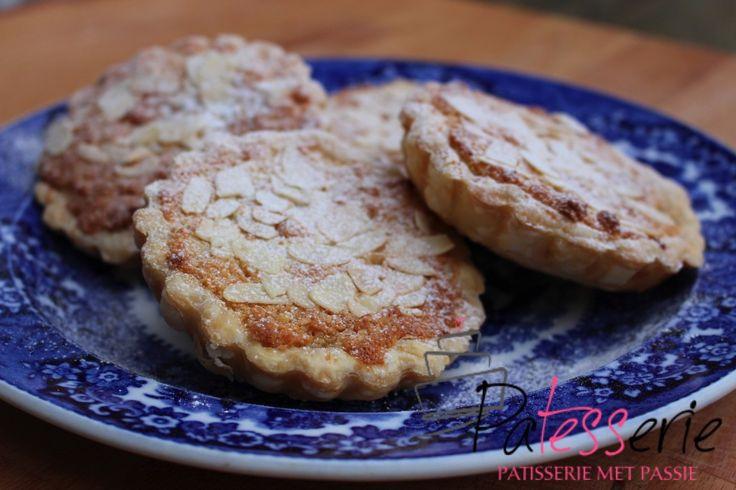 Zwitserse gebakjes, Frangipane taartjes of bruidsgebakjes - PaTESSerie