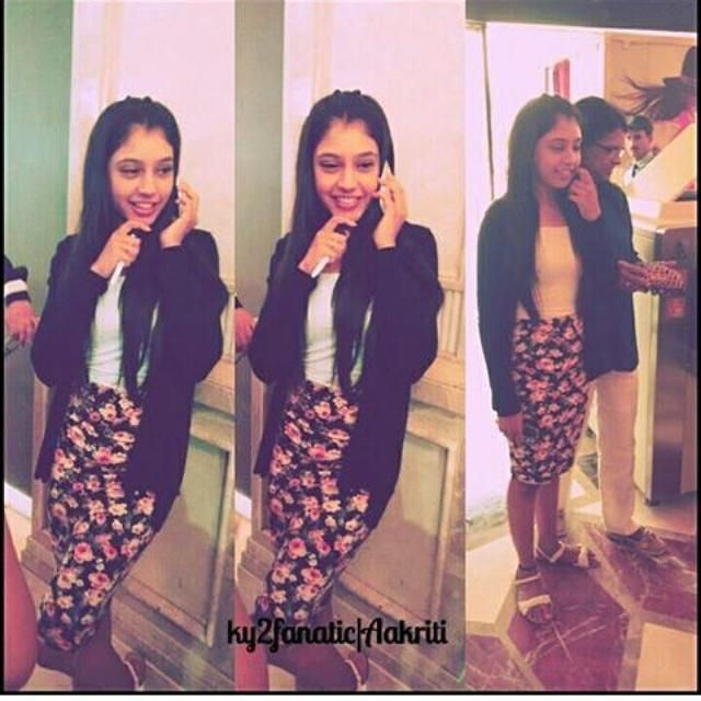 Unseen pic of our angel @niti_taylor #DLF mall