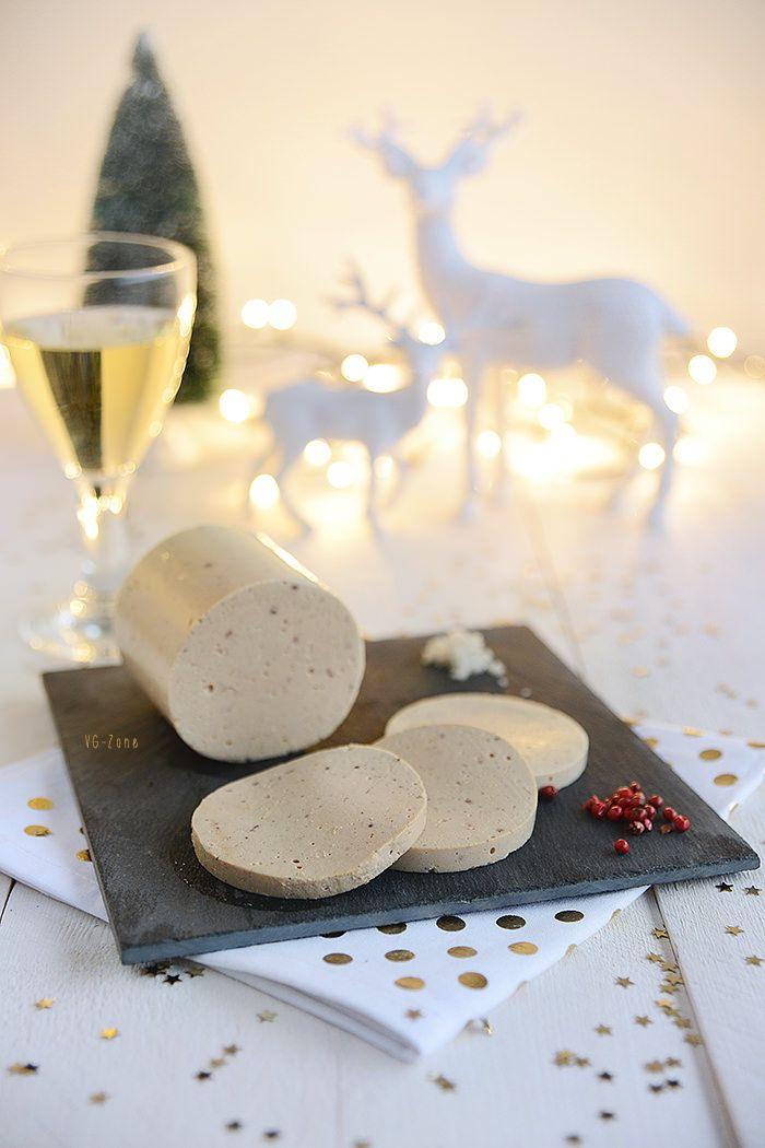 Ce n'est à présent plus un secret pour personne, le foie gras est certainement l'une des spécialités française des plus cruelles. Désormais interdit dans certains pays, condamné par de nombreuses célébrités et pourtant, toujours autant en vogue dans l'hexagone. Il faut dire qu'aussi barbare soit-elle, cette spécialité reste synonyme de fête et de luxe. C'est …