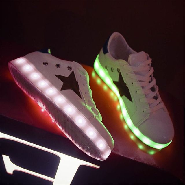 MaiDun New Mens Light up Shoes Luminous USB Charging Colorful LED Lights Sneakers With Five-