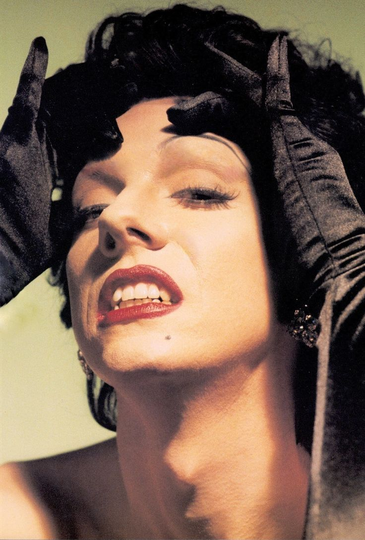 LYPSINKA drag performance artist extraordinaire. Described