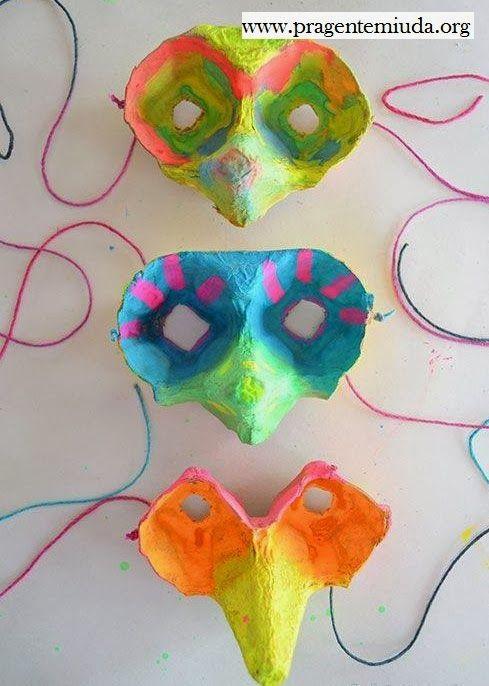 Aprenda a fazer lindas máscaras com reciclagem de caixa de ovo para brincar na primavera. A dica é sugerida para as crianças realizarem várias atividades como encenar, dramatizar e brincar.