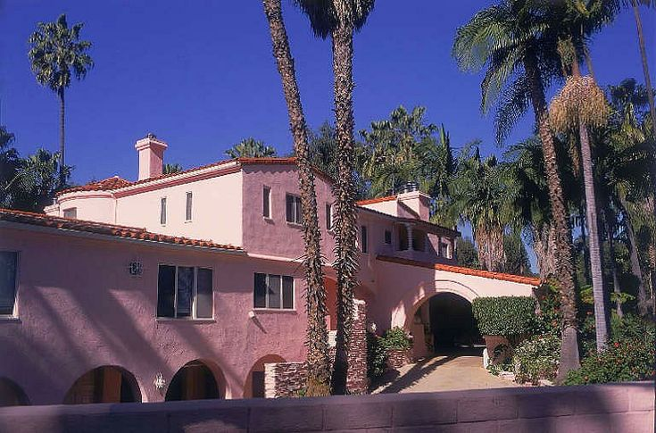 Curious Places Jayne Mansfield 39 S Pink Palace L A