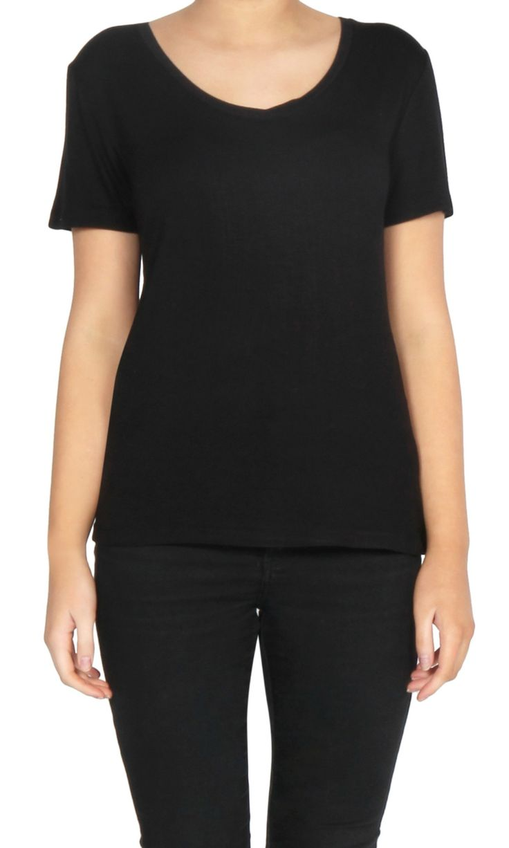 Betty Basics - Manhattan V Neck Tee - Black