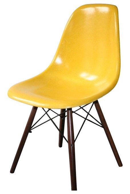 1000 id es sur le th me jaune vif sur pinterest jaune for Chaise eames jaune moutarde